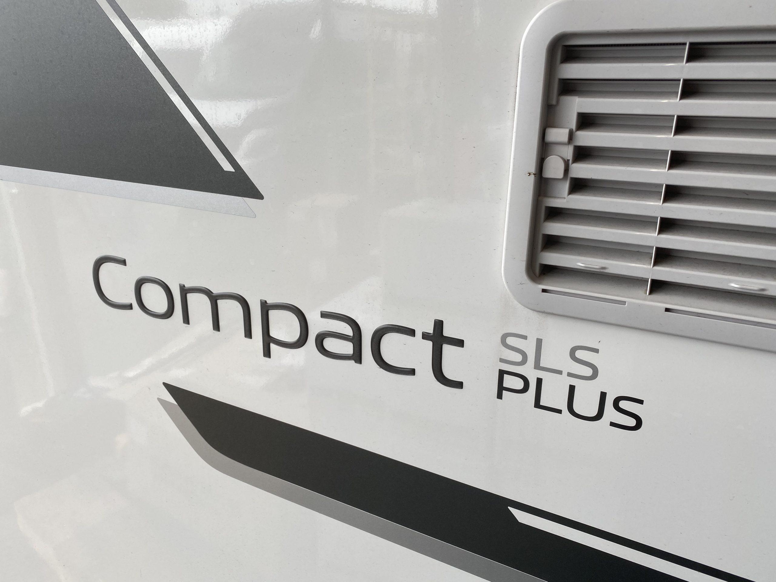 Compact SLS 家庭用エアコンインストール!